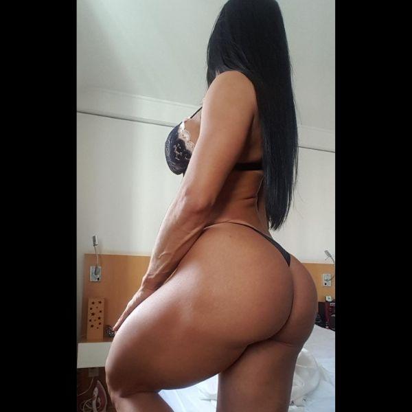 Terapeuta e massagista tântrica Sandra atende em Moema